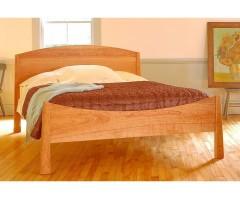 Ліжко з масиву Черрі