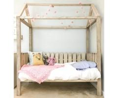 Необычная кровать-домик Чиори