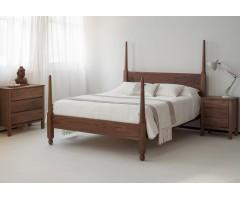 Красивая кровать Сенегал