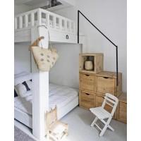 Современная кровать с лестницей-комодом Кантри