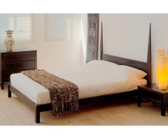 Кровать из натурального дерева Майл